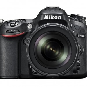 Nikon D7100 24.1 MP Digital SLR Camera 18-105mm